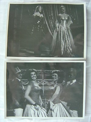 Unusual Vintage Photos Pretty Girls on Movie Screen in Theater 780002