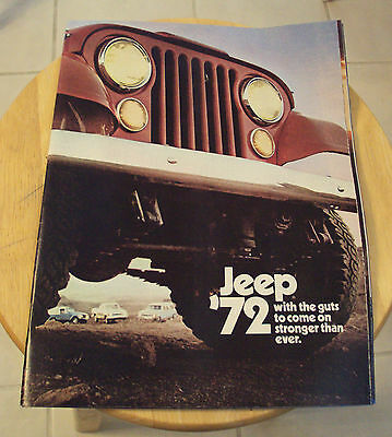 "VTG 1972 AUTOMOBILE Catalog~""JEEP""~'With the Guts to Come on Stronger'~"