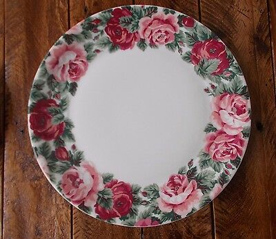 2 Lyric Block Spal Rose Garden Dinner Plates. Portugal. Adapted by Jack Prince