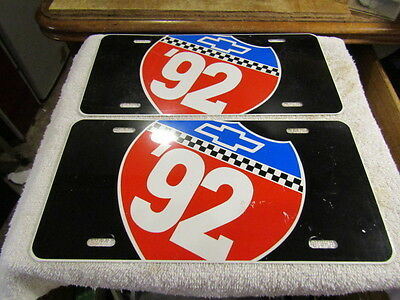 Chevrolet Metal Licence Plate Chevrolet '92 Bow Tie with Route 66 Highway Sign