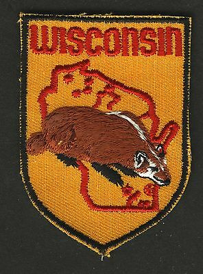 Vintage Wisconsin Badger State Embroidered Cloth Souvenir Travel Patch