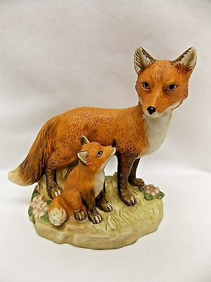 Red Fox Mother & Kit Porcelain Figurine 4 1/2 x 5 Inch Made by Homco #1417