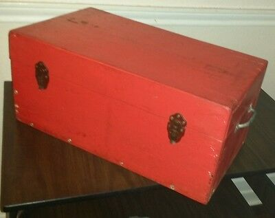 ANTIQUE Primitive WOOD TOOL BOX Chest Storage Case Toolbox Foot Locker Sm. Trunk