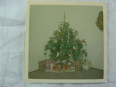 Vintage 1965 Snapshot Photo Christmas Tree in Home Interior 784