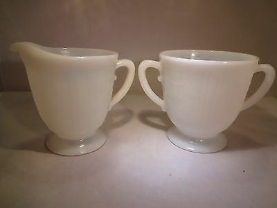 """Vintage  Monax """"American Sweetheart"""" Creamer and Open Sugar"""