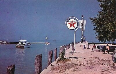 Grand Bend, Ontario with nice Texaco sign (89)