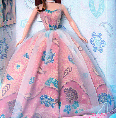 Beautiful ball gown pink full strapless silkstone Barbie model muse