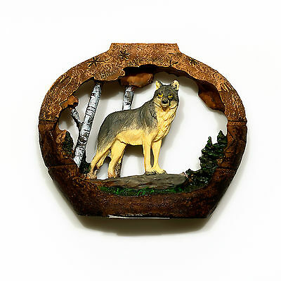 "Wolves cutout in vase look figurine made of polystone 4"" high x 3 1/2"" wide"