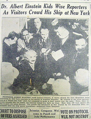1930 display newspaper w photo Smiling Physicist ALBERT EINSTEIN ARRIVES in US