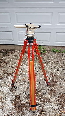 David White Meridean LT6-900 Transit with Tripod and Case