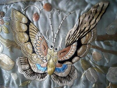 Antique Chinese   Banner  Silk Embroidery Butterfly  Floreal Decor  19Th-Century
