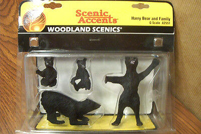 Woodland Scenics Harry Bear & Family G Scale Figures