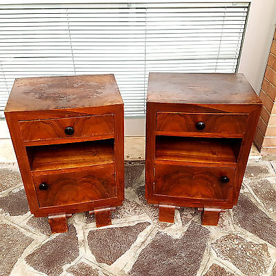 Couple Of Art Deco Bedside Tables Original From 1930-40 Burl Walnut Veneered