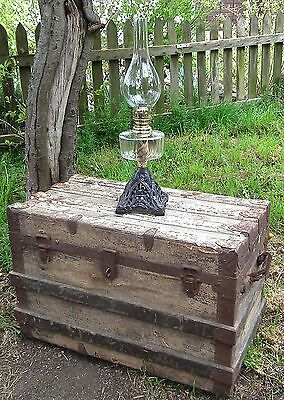 Beautiful Antique Old English Victorian Table Lamp on Cast Iron Base Vintage