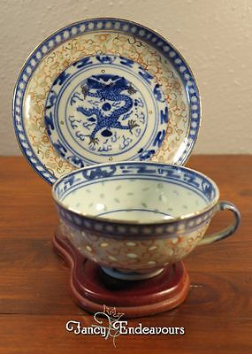 Chinese Export Porcelain Imari Rice Pattern Cup & Saucer with Dragons