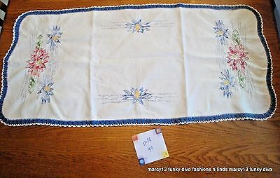 Nice Vintage Off White Table Runner Bureau Scarf Hand Embroidered Water Lilies