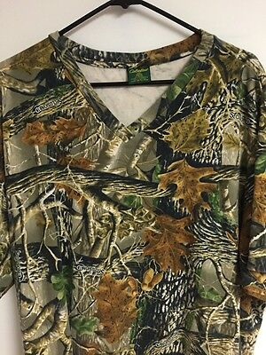 Men's CABELAS 100% Cotton Camouflage Hunting 3d Long V-neck Shirt