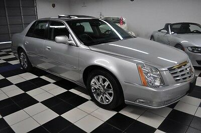 2010 Cadillac DeVille One Owner, Clean Carfax, Cadillac Dealer Serviced! 2010 Cadillac One Owner! Carfax Certified!