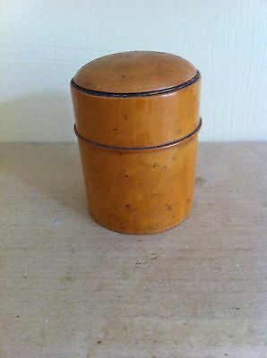 LOVELY DECORATIVE ANTIQUE BOXWOOD CHEMISTS POT with MEASURING GLASS 3.5 inches