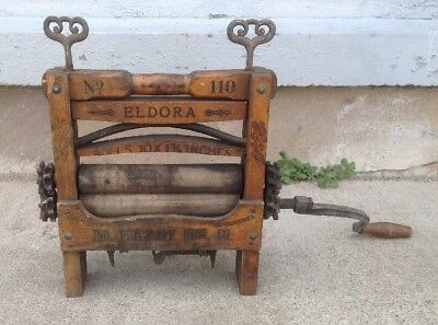 Antique Primitive John Pritzlapp Hardware Co. Wooden Washing Machine Wringer