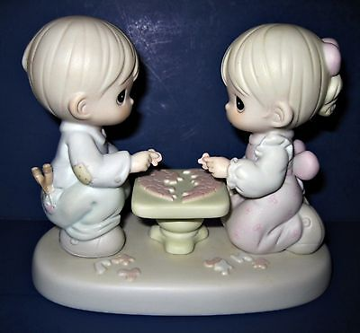 1997 Precious Moments Figurine 52592 Let's Put The Pieces Together Heart Puzzle