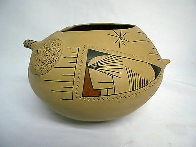 Vintage Mata Ortiz Art Pottery Olla Painted Incised Signed Ivon Quezada