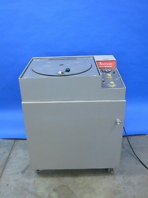 IEC UV Floor Centrifuge - With Multiple Rotors Working Condition - Video