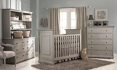 Munire Chesapeake Classic  3-in-1 Crib, Light Grey