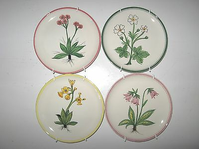 MANCIOLI Hand Painted Vitreous China Plate Set of 4 With Hangers