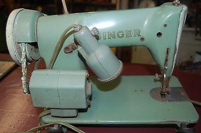 vintage Singer 185K Sewing Machine Portable Heavy Duty made in Great Britain