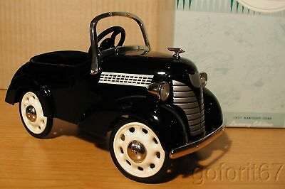 MIB 1937 Garton Ford Kiddie Kar Classic Hallmark. smoke free home, never open