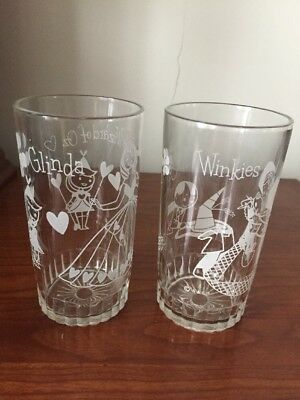 Vintage 2 Wizard of Oz Peanut Butter Glasses Winkies And Glinda Starburst Bottom