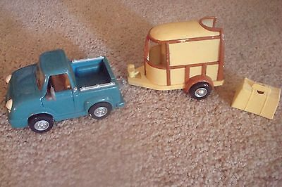 Chevron Cars 1997   Pete Pick Up # 7  & Horace N Trailer # 8