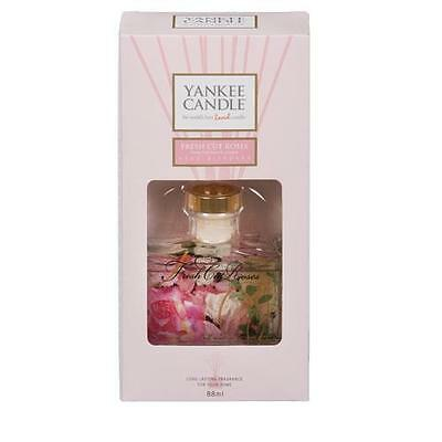 Yankee Candle Signature Reed Diffuser - Fresh Cut Roses