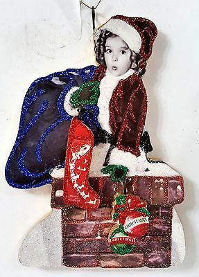 SHIRLEY TEMPLE SANTA in CHIMNEY w/ RED STOCKING * Glitter CHRISTMAS ORNAMENT