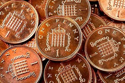 One Penny 1p 1 Pence  UK Decimal Collectable Currency Coin Choose Date