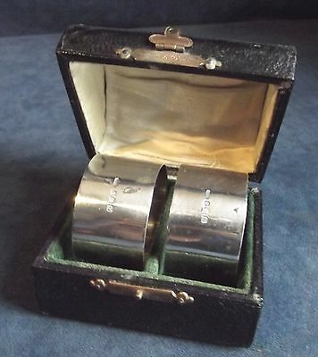 Superb CASED Pair ~ SOLID SILVER ~ Napkin RINGS ~ Bham 1928 by Walker & Hall