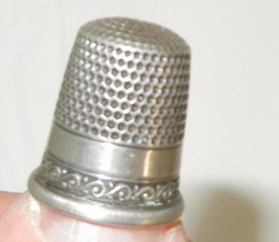 Antique Fancy Sterling Silver Sewing Thimble Size 10 Star Mark