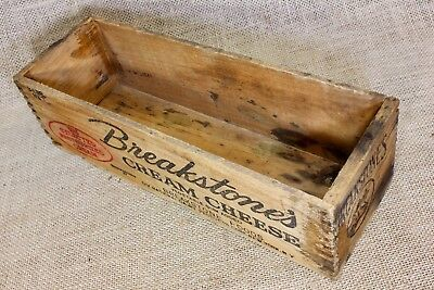 Breakstone's CREAM CHEESE wood box vintage COW Picture old dovetailed corners