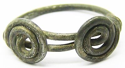 Superb Iron-Age Druid Silver Celtic Double Spiral Finger Ring c. 250 BC - 50 AD