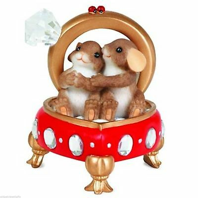 Charming Tails Resin Figurine Our Love Has  A Ring To It MINT IN BOX