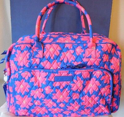 "Vera Bradley Weekender Bag Art Poppies 18 "" w x 12 "" h x 7 "" d"