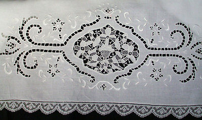 Antique Linen Pillowcases Point De Venise Embroidery Cutwork Filet Lace Edging
