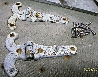 Nice Looking Pair Of Heavy, Antique Brass Hinges ! With Old Crackle White Paint