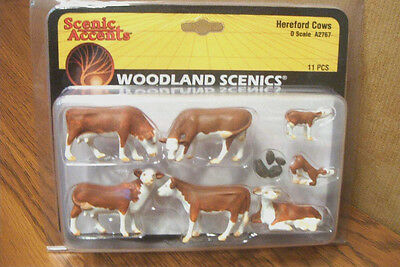 Woodland Scenics Hereford Cows O Scale Figures