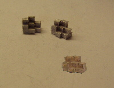 P&D Marsh N Gauge n Scale B476 Stacks of crates/boxes (2) castings require paint