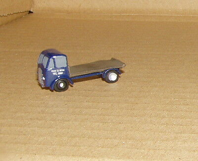 P&D Marsh N Gauge n Scale X33 ERF flatbed lorry (intro 1948) PAINTED & finished