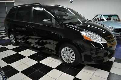 2008 Toyota Sienna ONLY 75K MILES - ONE OWNER SINCE NEW - X-CLEAN - TOYOTA DEALER SERVICED ONLY - FLORIDA SALT FREE