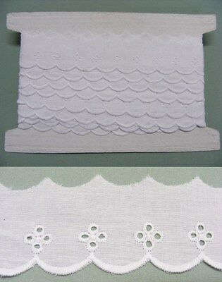 Broderie Anglaise Flat Lace  (17096)- White x 10 meters