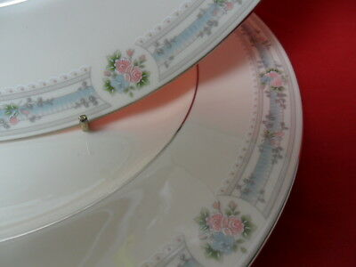 """Royal Doulton, ANGELICA, 2 x 10.5"""" Dinner Plates (A)"""